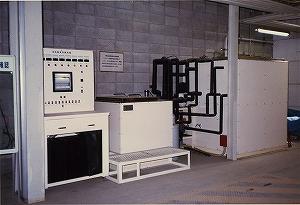 三槽式凍結融解試験装置